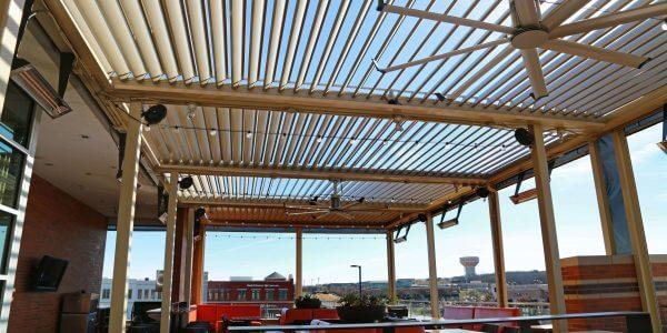 outdoor rooftop patio sun shades texas restaurant del frisco