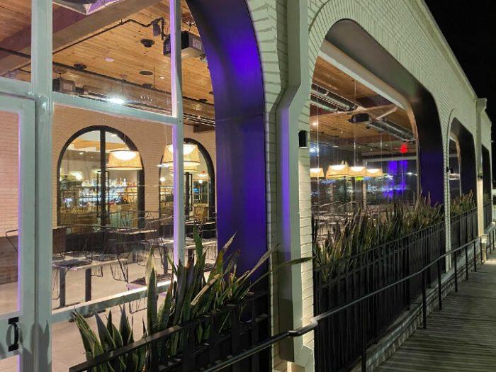 glorias latin cuisine patio restaurant sun shades